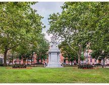5 Common St Apt 3, Boston, MA 02129
