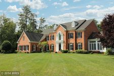 7091 Balmoral Forest Rd, Clifton, VA 20124