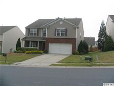 1714 Cabarrus Crossing Dr, Huntersville, NC 28078