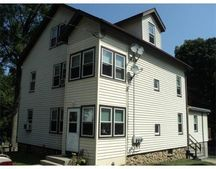 28 Harding Ct Unit 2, Southbridge, MA 01550