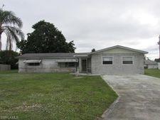 211 Fireside Ct, Lehigh Acres, FL 33936