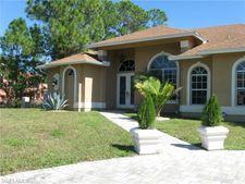 1512 Oak Ave, Lehigh Acres, FL 33972