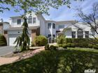 Photo of 154 Country Club Dr, Commack, NY 11725