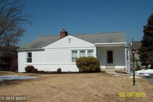 18728 Rolling Rd, Hagerstown, MD 21742