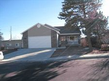 242 Western Hills Blvd, Cheyenne, WY 82009