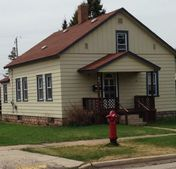 801 Section St, Norway, MI 49870