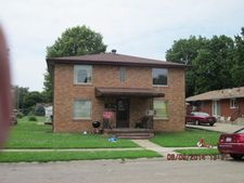 116 N Perry St, Mason City, IL 62664