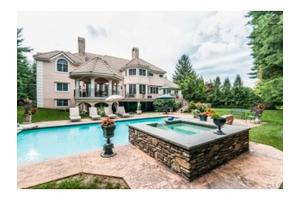 54 Fox Run Rd, Norwalk, CT 06850