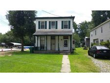 127 Windsor Ave, Colonial Heights, VA 23834