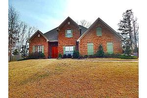 127 Bentwood Dr, Clinton, MS 39056