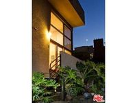 9917 Tabor St Apt 3, Los Angeles, CA 90034