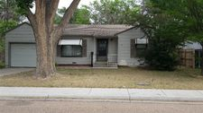 810 Wichita Dr, Ulysses, KS 67880