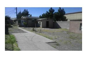 1903 Roosevelt St, North Las Vegas, NV 89030
