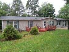 28890 State Route 83 N, Coshocton, OH 43812