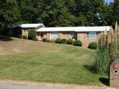 3200 Golf Club Dr, Gainesville, GA