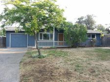 5836 E St, Springfield, OR 97478