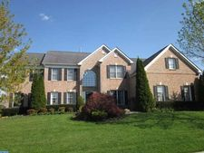 124 Oakmont Dr, Moorestown, NJ 08057