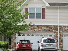 237 Concord Pl, Pennington, NJ 08534