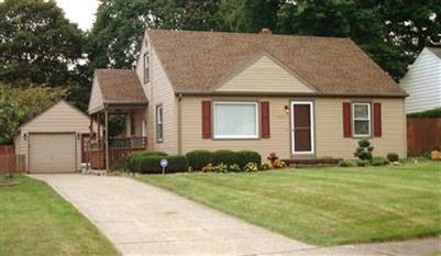 2551 Nadyne Dr, Youngstown, OH