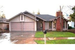 272 E Portland Ave, Fresno, CA 93720