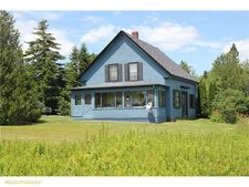 450 Port Rd, Machiasport, ME 04655