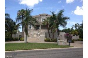 15860 Knightsbridge Ct, Fort Myers, FL 33908