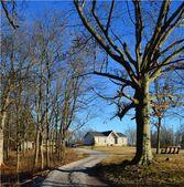 1168 John Shores Rd, Chapmansboro, TN 37035