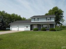5429 Gustin Rd, Woodburn, IN 46797