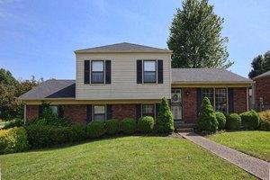 8201 Rochelle Rd, Louisville, KY 40228