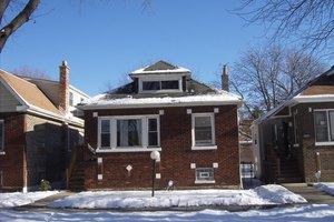 9351 S Saginaw Ave, Chicago, IL 60617