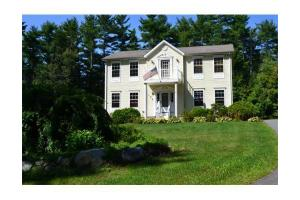 108 Thorndike St, Dunstable, MA 01827