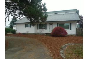 8330 SW River Rd, Hillsboro, OR 97123