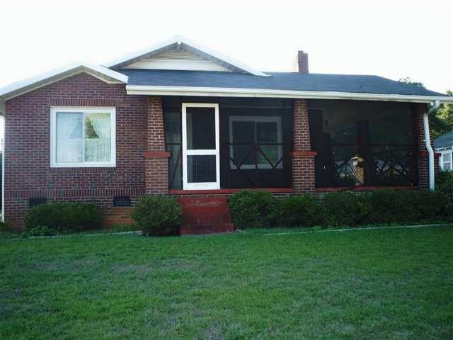 303 Spruce St, Greenville, SC 29611