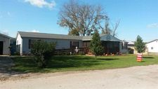 609 S 9th St, West Terre Haute, IN 47885