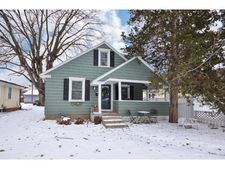 136 11th Ave S, South St Paul, MN 55075