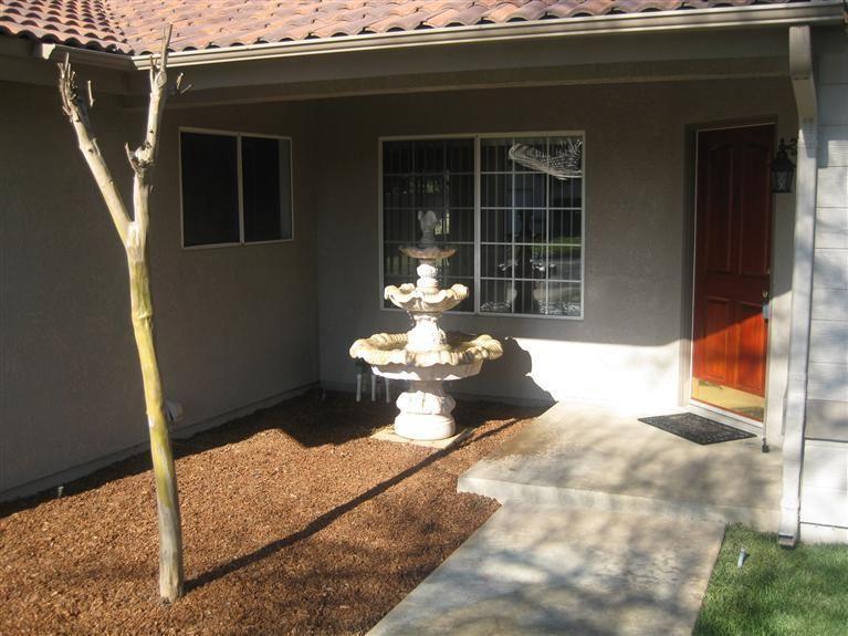 5992 W Locust Ave, Fresno, CA 93722