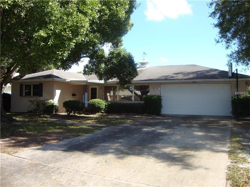 1907 Stardust Dr Clearwater, FL 33755