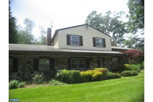 Photo of 34 MCFADDEN DR,HUNTINGDON VALLEY, PA 19006
