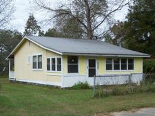 1763 Virginia St, Alford, FL 32420
