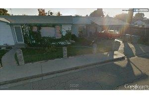 845 E Cypress Ave, Visalia, CA 93292
