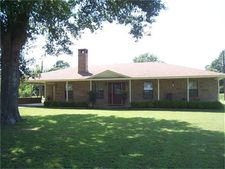 214 County Road 4685, Kennard, TX 75847