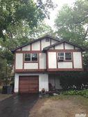 577 Elwood Rd, East Northport, NY 11731