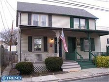 39 N Hamilton St, Doylestown, PA 18901