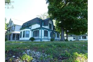 789 Lake Ave, Middle Bass Island, OH 43446