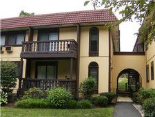 4 Granada Cres Apt 20, White Plains, NY 10603