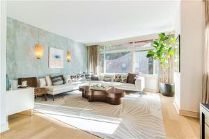 99 Jane St Apt 2c, New York, NY 10014