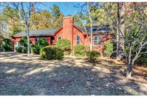 105 Forest Edge Rd, Columbia, SC 29212