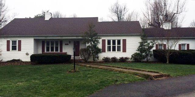320 mcdowell dr danville ky 40422 home for sale and real estate listing. Black Bedroom Furniture Sets. Home Design Ideas