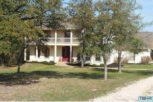 1551 Great Oaks, Salado, TX 76571