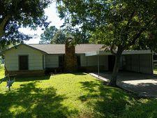 7814 Church St, Needville, TX 77461